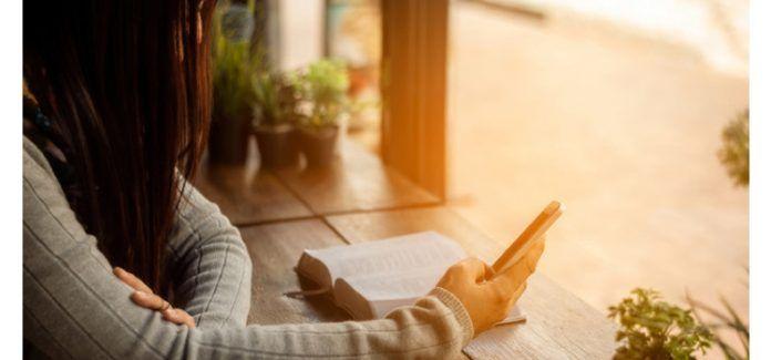 Catequese - E se tratássemos a Bíblia como tratamos o nosso celular?
