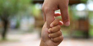 Cinco passos para incentivar a independência dos filhos