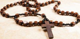 A importância de rezar o terço todos os dias