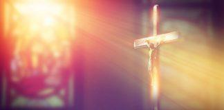 Permanecei firmes e seguir jesus