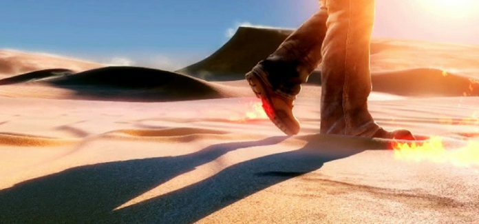 isolamento homem caminhando no deserto