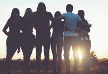comnhão fraterna, amigos unidos nada de individualismo