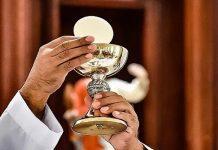 receber a comunhão eucaristia