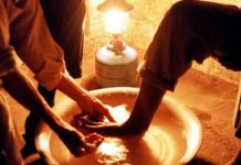 vida a serviço do evangelho, o lava pés